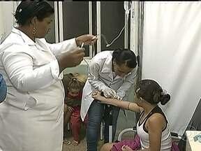 Levantamento do governo mostra que faltam 50 mil médicos em todo o país - Um levantamento feito pelo o governo brasileiro mostrou que em todo o país faltam cerca de 50 mil médicos. O governo estuda a possibilidade de importar profissionais de outros países.