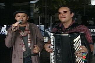 Vários cantores fazem tributo a Marinês em Campina Grande - Morte de cantora completa 6 anos nesta terça.