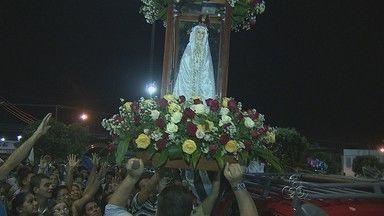 Procissão em honra à Nossa Senhora de Fátima reúne fiéis - A procissão marcou o encerramento das atividades em homenagem à santa