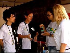 Feira de empreendedorismo promove sustentabilidade em Uberlândia - Evento do Cebrac é realizado em 164 cidades brasileiras. No município, a iniciativa envolveu vários jovens.