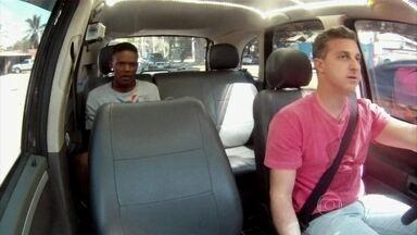 Conheça os quatro finalistas da Batalha do Passinho - Huck busca os participantes de táxi e conversa um pouco com cada um