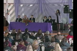 A violência doméstica foi discutido em Cruz Alta - O apoio às mulheres que sofrem com a violência doméstica foi discutido, no segundo fórum de políticas para mulheres.