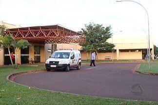 UFGD aprova contrato para que empresa administre o Hospital Universitário de Dourados (MS) - Empresa Brasileira de Serviços Hospitalares passa a administrar o HU. Decisão divide opiniões