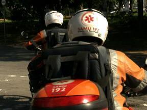 Moto-ambulâncias tentam driblar o trânsito e socorrer mais rápido as vítimas - O projeto Anda São Paulo está discutindo nesta semana as dificuldades que as equipes de resgate enfrentam no trânsito.