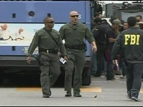 Seis pessoas morrem após ataque de atirador nos EUA - Foi próximo à universidade de Santa Mônica, na Califórnia. A universidade chegou a ser evacuada. O presidente Barack Obama participava de um evento político bem perto do local.