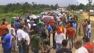 Moradores liberam BR-156 - Depois de bloquear por mais de 12 horas a BR-156, os moradores do Distrito do Cassiporé, em Oiapoque, liberaram a via no início da noite desta sexta-feira (7).
