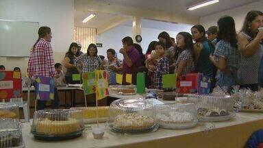 Escola rural comemora festa junina - Evento teve comidas típicas, música e muita dança.
