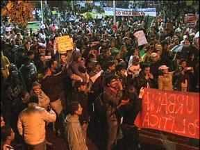Moradores de Toledo e de Marechal Rondon também protestam - Os pedidos dos manifestantes são de mais saúde, mais educação, mais transparência e menos corrupção no Brasil.
