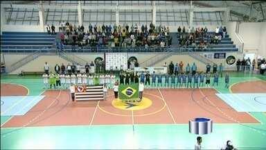 Pela sétima vez, São José conquista a Copa Vanguarda de Futsal - Time bateu o Guará por 1 a 0 e levou a taça.