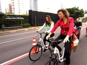 Comitiva da Holanda fala sobre ampliação de ciclovias em SP - Uma comitiva de Amsterdã, na Holanda, está em São Paulo para mostrar como criar mais caminhos para os ciclistas da cidade. A capital da Holanda tem 500 km de ciclovias que são percorridas por meio milhão de ciclistas todos os dias.