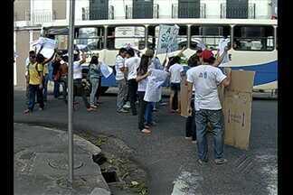 Moradores da Casa do Estudante fecham rua de Belém em protesto - Manifestação interrompe tráfego na avenida 16 de novembro nesta terça, 9.
