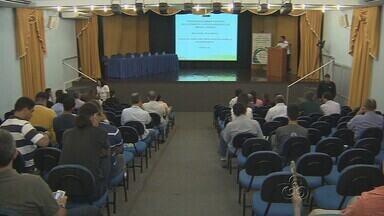 Audiência Pública discute Plano Diretor de Manaus - Discussão aberta ao público tratou sobre plano diretor da cidade na segunda-feira (8).
