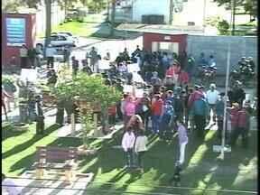 Justiça determina reintegração de posse das áreas invadidas em São José do Norte, RS - Houve protesto das 300 famílias que ocupam o terreno.