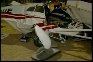 PC de Teófilo Otoni vai abrir inquérito para investigar a queda de avião - Avião caiu em um campo de futebol.