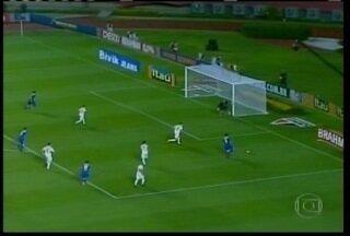 Cruzeiro vence o São Paulo pela 8ª rodada do Brasileirão - Luan foi o nome do jogo com três gols.