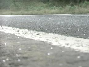 Mínima em Erechim, RS, foi de 0,9°C - Chuva congelada caiu pela manhã na cidade.