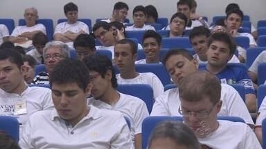 Congresso reúne jovens maçons em Manaus - Jovem de 12 e 21 anos participam do evento realizado pela primeira vez em Manaus