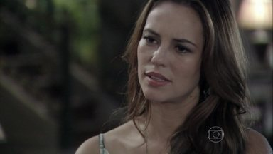 Paloma exige a verdade sobre Mariah a César - Pilar pede que as mentiras acabem