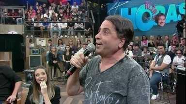 Geraldo Magela faz uma imitação do Faustão - Humorista participa do programa Altas Horas