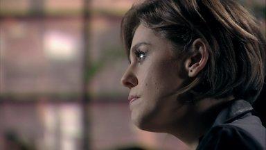 Edith ameaça César - Ela promete fazer um escândalo se o médico não aceitar suas condições