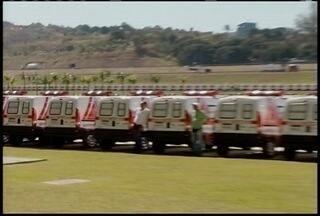 Governador de MG fez a entrega de 477 ambulâncias para 410 municípios do estado - Em reunião com lideranças na Cidade Administrativa, Anastasia também anunciou recursos para o maior hospital do Norte de Minas.
