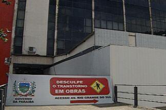 Prédio onde funcionam secretarias de Estado da Paraíba é interditado - No prédio funcionam oito secretárias. Segundo o Ministério Público do Trabalho, o prédio não é seguro nem oferece condições de trabalho adequadas para os funcionários.