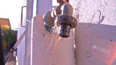 Bairros de Várzea Grande sofrem com a falta de abastecimento de água - Bairros de Várzea Grande sofrem com a falta de abastecimento de água.