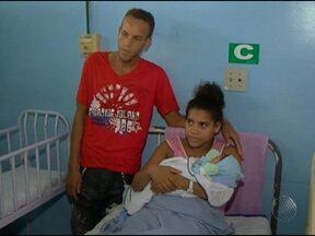 Casal acusa médico de cobrar R$ 1 mil para fazer parto em hospital público - Caso ocorreu na cidade de Itabuna, no sul da Bahia.