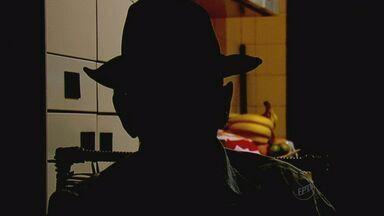 Idosos são alvos do golpe 'boa noite, Cinderela' em Jaboticabal, SP - Aposentado comeu bala e foi assaltado após adormecer.