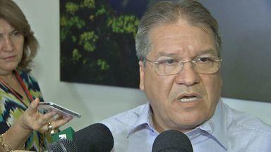 Prefeito de Várzea Grande é detido com munição no Aeroporto Marechal Rondon - O prefeito de Várzea Grande foi detido no Aeroporto Marechal Rondon, em Várzea Grande. Ele se defendeu da acusação.