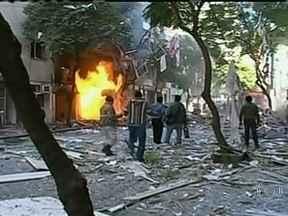 Doze pessoas morrem e 63 ficam feridas em explosão na Argentina - A causa foi um vazamento de gás no centro de Rosário, em um edifício de dois blocos de dez andares. A força da explosão derrubou um dos blocos blocos e um prédio vizinho, de três andares.