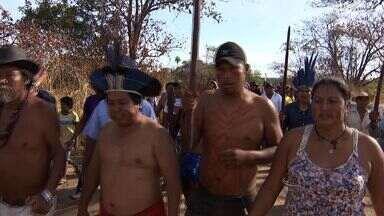 Em Sidrolândia, índios protestam por uma solução rápida envolvendo terras - Prorrogado por mais 45 dias a permanência da Força Nacional na área de conflito em Sidrolândia. E, nesta terça-feira (6), os indígenas da região fizeram um protesto.