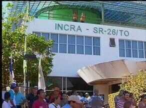 Famílias fizeram manifestação em frente ao Incra, em Palmas - Famílias fizeram manifestação em frente ao Incra, em Palmas