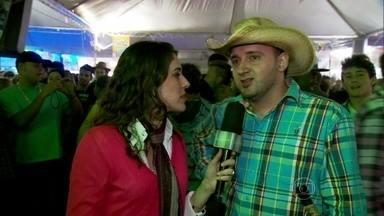 Gabriela Lian mostra como surgem os amores no rodeio - Festeiros contam como rola a paquera nas festas sertanejas