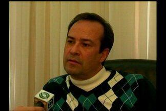 Vereador do PT renunciou o cargo em Bagé - O vereador Ivan Lima do Partido dos Trabalhadores renunciou ao cargo ontem. Segundo ele, o julgamento no Tribunal Superior Eleitoral não teve peso na decisão.