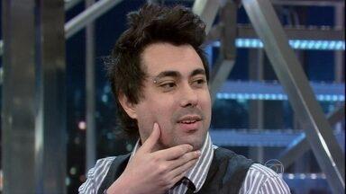 Mauricio Cid mostra como ficou depois de tirar a barba - O blogueiro diz que nem se lembrava mais de que tinha queixo