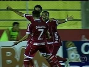 Confira os gols da Série B do Brasileirão desta sexta-feira (23) - Em Santa Catarina, o Joinville venceu o São Caetano por 1 a 0. Em Ceará Mirim, num jogo de cinco gols, o Avaí derrotou o América-RN por 3 a 2.