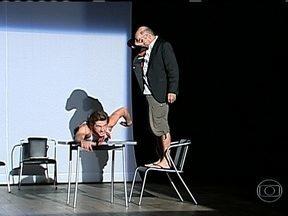 Língua portuguesa é a atração nos palcos da cidade - A 5ª edição do Festlip traz sete peças inéditas para teatros da cidade. O grupo Teatro de Garagem está entre os participantes do festival.