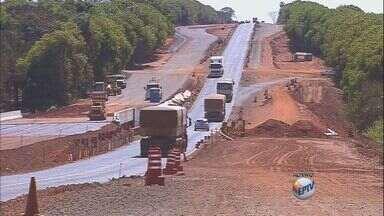 Produtores afirmam que duplicação de rodovia causa prejuízos - Sindicato Rural de Barretos entrou com ofício no Departamento de Estradas de Rodagem.