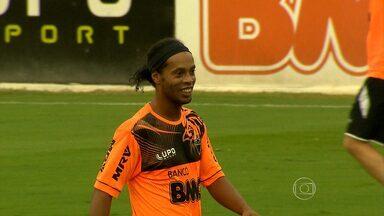 Ronaldinho Gaúcho volta contra o Fluminense - Com o camisa 10 em campo, Galo tem aproveitamento de 47%. Sem R10, rendimento cai para apenas 37%.