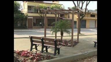 Moradores de Santa Inês em Vila Velha, ES, pedem melhorias em praça - A promessa feita pela prefeitura de que praça seria melhorada foi cumprida.