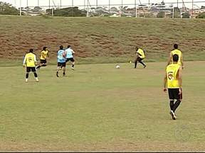 Associação Uberlandense busca liderença diante do Esportivo - Partida será nesta quarta-feira, às 20h