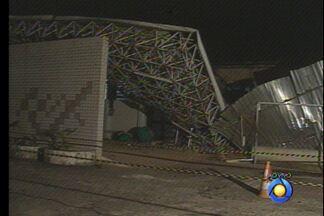 JPB2JP: Cai parte da fachada do Setor de Urgência do Hospital Edson Ramalho - Duas pessoas ficaram feridas.