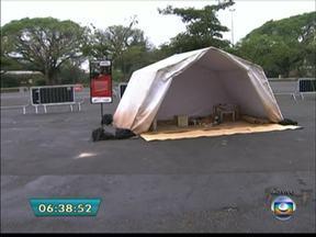 Médicos Sem Fronteiras montam tendas no Ibirapuera para reproduzir vida de refugiados - Ele montaram um campo de refugiados no Parque da Ibirapuera, na Zona Sul, para mostrar como é o trabalho de ajuda aos feridos em áreas de conflito.