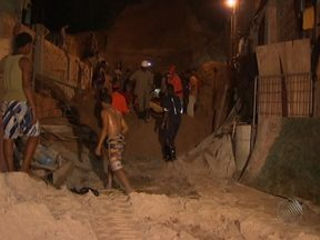 Duas pessoas morrem em desabamento de imóvel no bairro de Alto de Coutos - O acidente ocorreu às 16h30 da última quarta-feira.