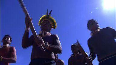 Câmara Federal aprova relatório que indeniza agricultores em terras indígenas - A Câmara Federal aprovou um relatório que recomenda indenização de agricultores em terras indígenas.