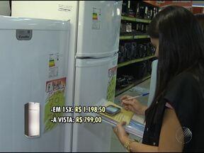 Fiscais do Procon fazem fiscalização em lojas de eletrodomésticos de Salvador - O motivo da fiscalização é para saber se o Código de Defesa do Consumidor está sendo respeitado.