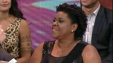 Quanta ginga! Cacau Protásio relembra sua participação no 'Dança' - Reveja momentos da atriz na disputa do Domingão