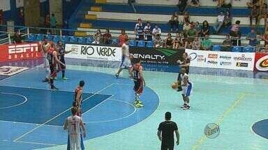 Limeira vence Rio Claro pela rodada do Campeonato Paulista de Basquete - Limeira vence Rio Claro pela rodada do Campeonato Paulista de Basquete.
