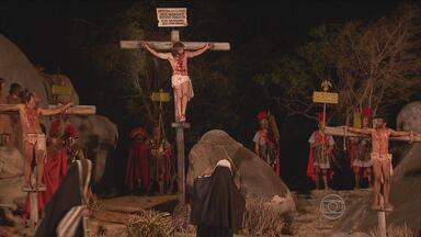 2º bloco | Ator Carlos Reis fala do espetáculo da Paixão de Cristo - Assista ao Espaço Pernambuco deste sábado (21).